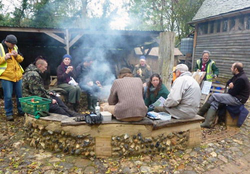 hugelkutur teabreak at Orchard Farm