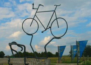 bicycle statue at Leer Germany